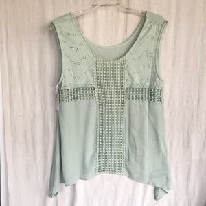 Simply Noelle top. XL NWT